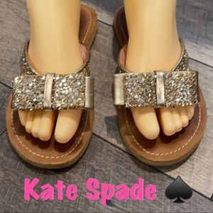 Kate Spade gold glitter bow flip flops sandals 6